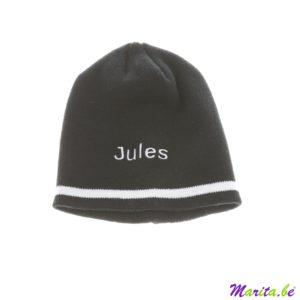 bonnet noir avec ligne blanche, tricot, brodé avec nom