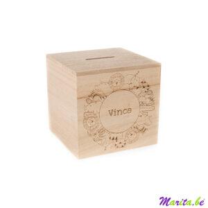 mooie houten spaarpot gegraveerd met naam